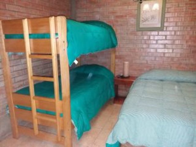 Habitación Familiar 1 cama Matrimonial 1 Camarote B/privado